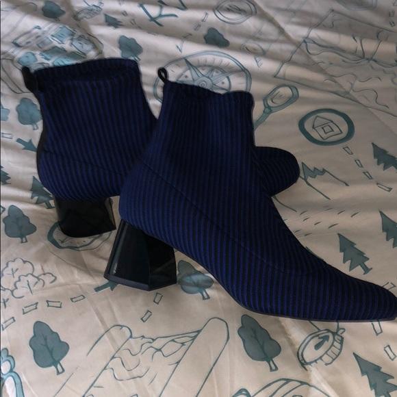 Zara Trafaluc Slip-On Blue Black Ankle Boots